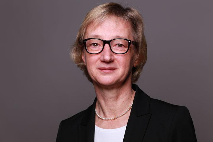 Prof. Dr. Liane Schirra Weirich