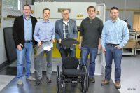 Der Leichtbau-Rollstuhl der FH SWF bietet mehr Komfort und Mobilität (Bild: FH Südwestfalen).