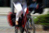 Hochschule Niederrhein entwickelt ein sensorbasiertes Fahrrad-Assistenzsystem (Bild: Lupo | Pixelio)