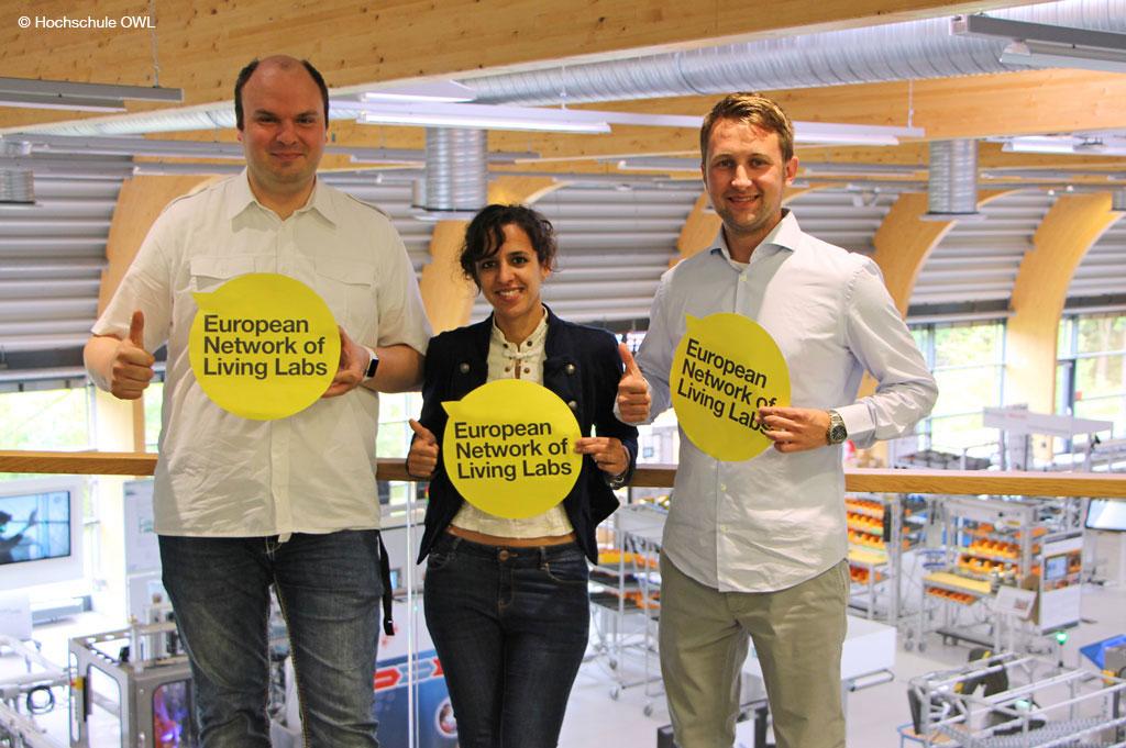 "SmartFactoryOWL ist ""Living Lab"" (Bild: Hochschule OWL)"