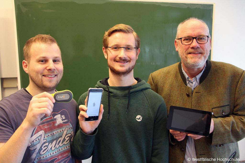 Diese drei Männer haben Enigtix an der Westfälischen Hochschule zum Prototypen entwickelt (Bild: Westfälische Hochschule)