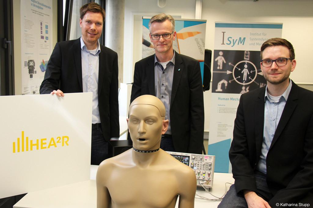 Das Team um das Gründungsprojekt zu besserem Lärmschutz der FH Bielefeld (Bild: Katharina Stupp).