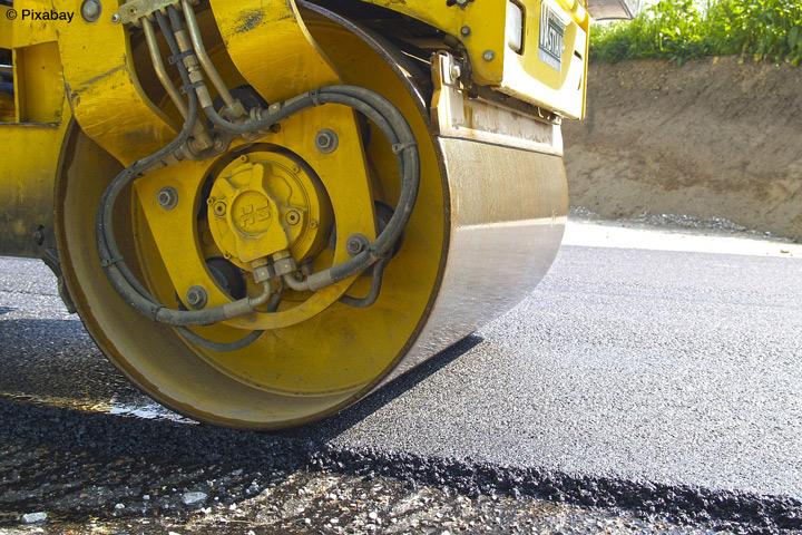 Projekt der TH Köln hat das Ziel, die Arbeitssicherheit beim Straßenbau sowie die Einbauqualität der Straßenbeläge zu verbessern (Bild: Pixabay).