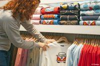 Forscher der Hochschule Niederrhein entwickeln Lösung für sparsamen digitalen Pigmentdruck auf Textil (Bild: Pixabay).