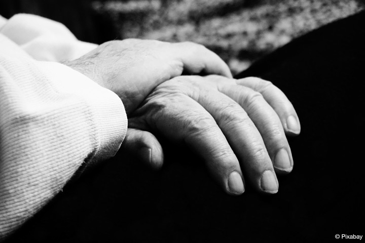 Projekt der EvH RWL betrachtetPflegeberatung aus unterschiedlichen Perspektiven (Bild: Pixabay).