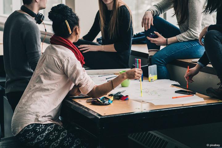Die Hochschule Hamm-Lippstadt gründet eine Akademie für wissenschaftliche Weiterbildung (Bild: pixabay).
