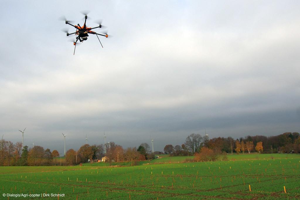 Versuchsgut der FH Südwestfalen: Drohnen revolutionieren Feldversuche (Bild: DialogisAgri-copter | Dirk-Schmidt).