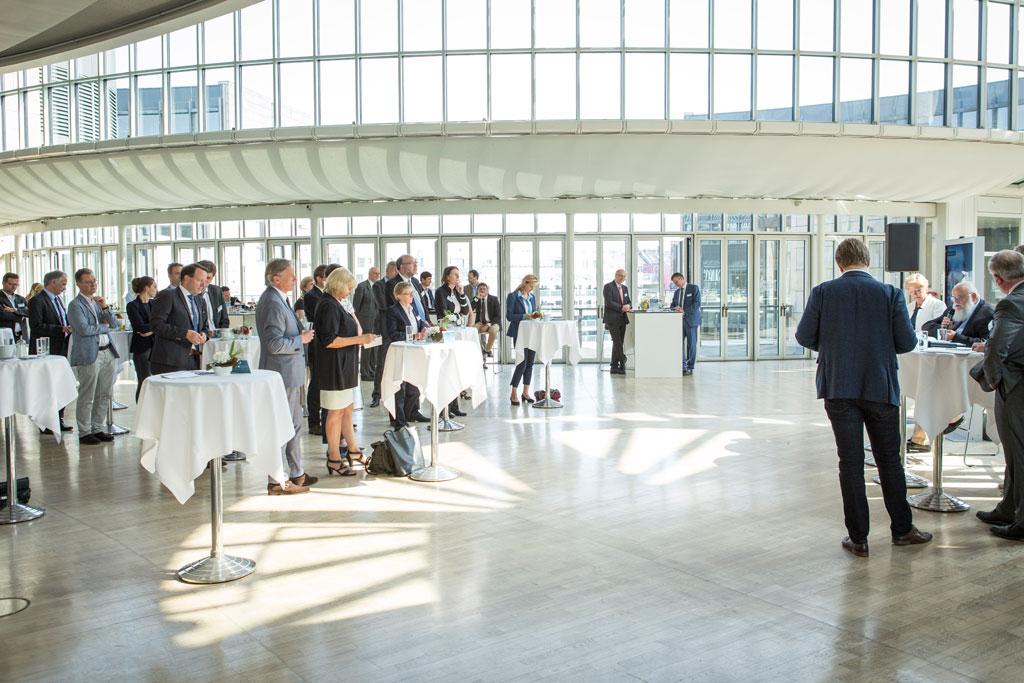 FORSCHUNG 21 - Das Hochschulnetzwerk NRW zu Gast im Landtag NRW