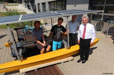 """Die """"Wasserdrohne"""", ein unbemanntes, solarbetriebenes Transportmittel zu Wasser"""" (Bild: WH   BL,MV)."""