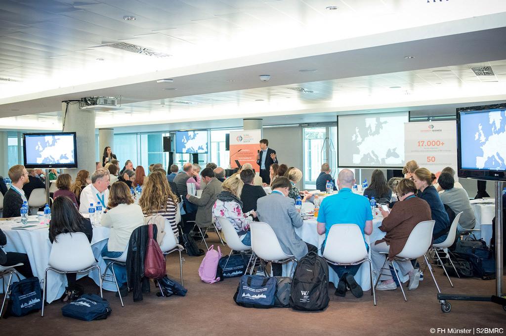 University-Business Cooperation in Europe: Das Projektteam stellt die Ergebnisse der Studie in einem Workshop in Dublin vor (Bild: FH Münster/S2BMRC).
