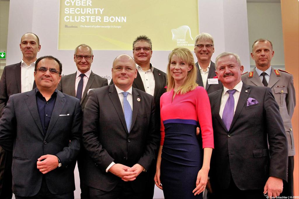 Bei der Gründungsveranstaltung vom Cyber-Security-Clusters Bonn (Foto: Eva Tritschler | H-BRS).