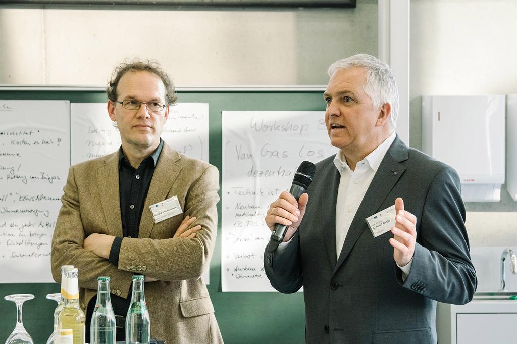 Dr. Richard van Leeuwen und Prof. Dr. Christof Wetter stellten die Ergebnisse von WiEfm vor (Bild: FH Münster | Klaus Russen-Wells).