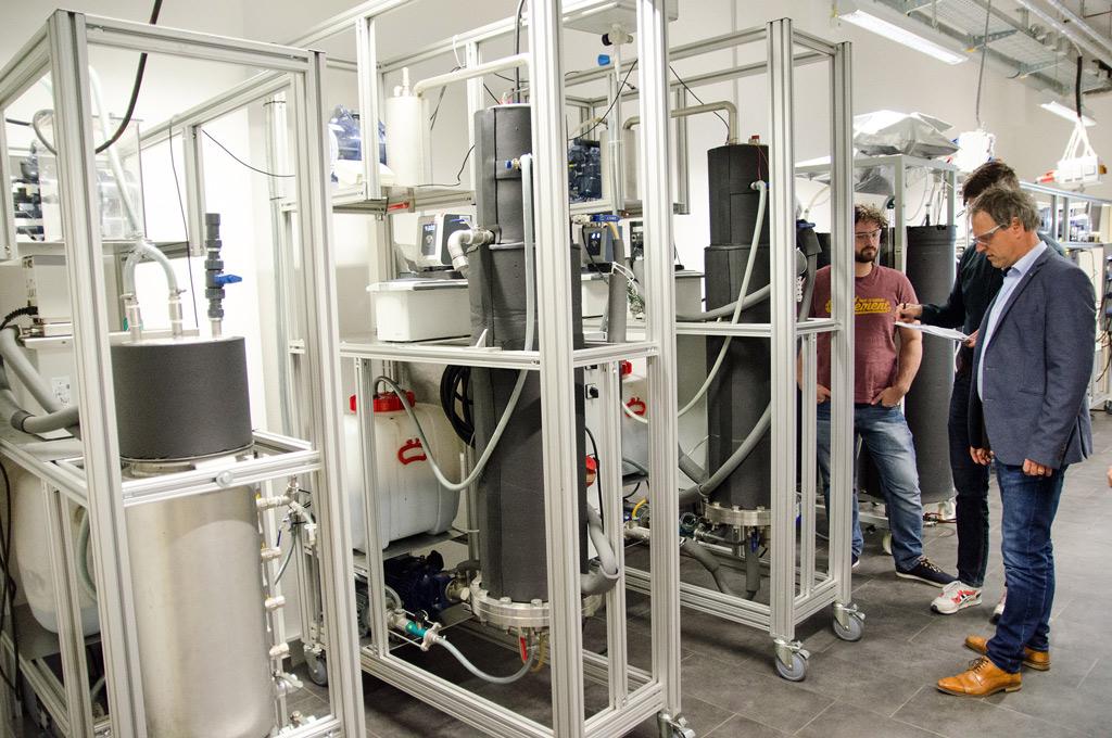 Die drei Reaktoren, an dem, das Projektteam im Labor mit verschiedenen Güllearten gearbeitet hat.