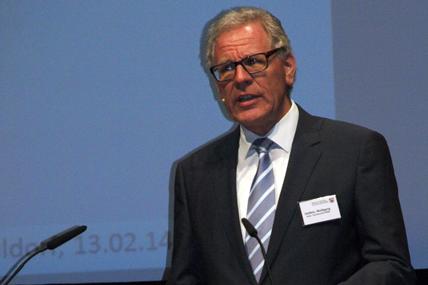 Prof. Dr. Wolfgang M. Heffels | Ein Thema - zwei Stimmen