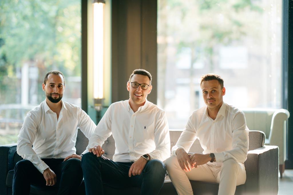 Die Absolventen der FH Bielefeld und Gründer des StartUps PRODASO (v.l.): Erman Aydin, Manuel Meier und Nico Debowiak (Bild: PRODASO).