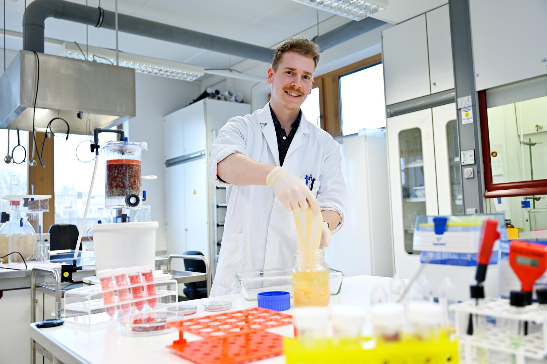 Hochschule Niederrhein forscht am Recycling von Lebensmittelresten