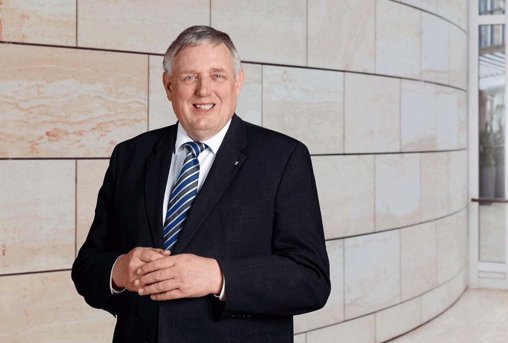 Minister Karl-Josef Laumann | Ein Thema - zwei Stimmen