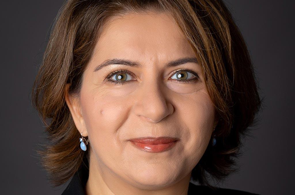 Prof. Dr. Cinur Ghaderi | Prorektorin für Forschung, Transfer und Internationales EvH RWL